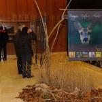 Hall d'entrée accueillant l'exposition photos